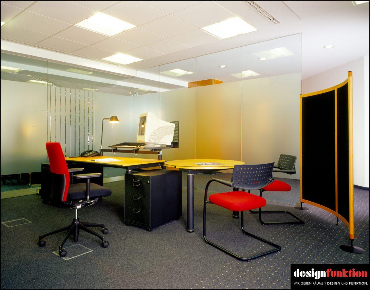 Galerie ambientebilder designfunktion essen for Besprechungstisch design